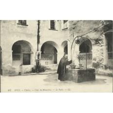 CPA - NICE, CIMIEZ, COUR DU MONASTERE vers 1910.