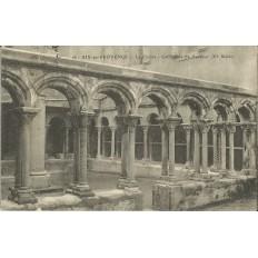 CPA: AIX-EN-PROVENCE, LE CLOITRE, CATHEDRALE SAINT-SAUVEUR vers 1910.