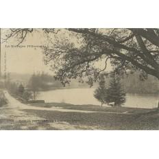 CPA: Foret de PAIMPONT. L'Etang, Le Chalet ( Les Forges), Années 1900