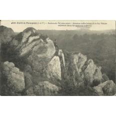 CPA: FORET DE PAIMPONT. Rochers du Val sans Retour, Années 1910.