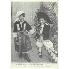 AGRANDISSEMENT CPA 1900: LA BAULE, COSTUME LOCAL