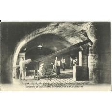CPA: COGNAC,CHATEAU François 1er, Voutes, Souterrains, vers 1910