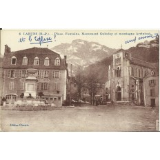 CPA: LARUNS, Place, Fontaine, vers 1910