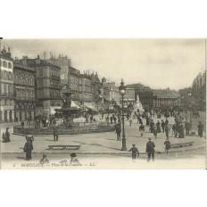 CPA: BORDEAUX, LA PLACE DE LA COMEDIE, Animée, vers 1900