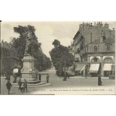 CPA: BORDEAUX, La Place et la Statue de Tourny, vers 1900
