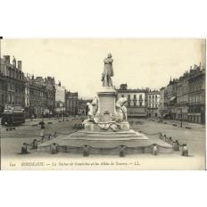 CPA: BORDEAUX, La Statue de Gambetta et les allées de Tourny, vers 1900