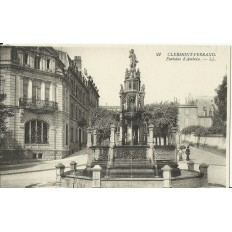 CPA: CLERMONT-FERRAND, Fontaine d'Amboise, vers 1900