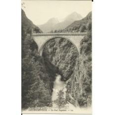CPA: LUZ-SAINT-SAUVEUR, le Pont Napoléon, vers 1900