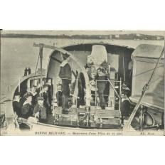 CPA: MARINE MILITAIRE. Manoeuvre d'une Pièce de 27 cent, vers 1910