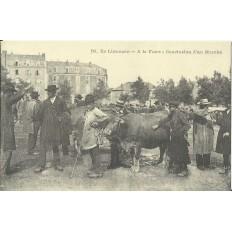 CPA: (REPRO) LIMOUSIN. A la Foire, Conclusion d'un Marché, vers 1900