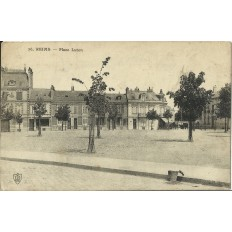 CPA - REIMS, Place Luton, vers 1910.
