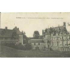 CPA - CLERES, Le Chateau et les Communs, vers 1910.