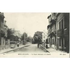 CPA: MERS-LES-BAINS, La Route Nationale et la Mairie, vers 1910