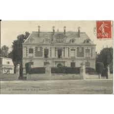 CPA: COMPIEGNE, La Sous-Préfecture, vers 1900