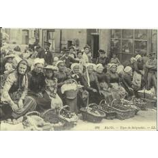 CPA: (REPRO). BLOIS, Types de Solognottes, vers 1900.