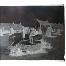 PHOTOGRAPHIE / VERRE, MENHIRS en BRETAGNE, lieu inconnu, années 1930.