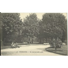 CPA: TOURCOING, Un Coin du Jardin Public, vers 1900