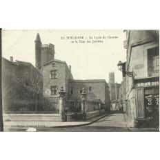 CPA: TOULOUSE, Lycée de Garçons et Tour des Jacobins, vers 1910