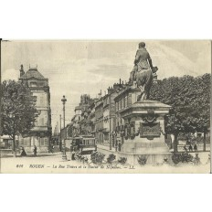 CPA: ROUEN, La Rue Thiers et Statue de Napoléon, vers 1910