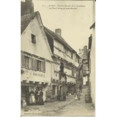 CPA: AURAY, Vieilles Maisons de la rue Renée (St-Goustan), vers 1910