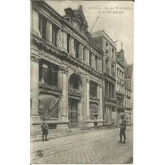 CPA: AMIENS, Rue des Trois-Cailloux, le Crédit Lyonnais, 1919.