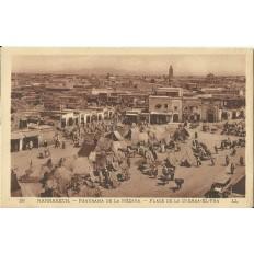 *CPA MAROC, ANNEES 1910, MARRAKECH, LA PLACE DE LA DJEMMA-EL-FNA.