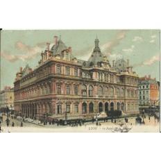 CPA: LYON, Le Palais de la Bourse, vers 1910.