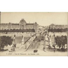 CPA: LYON, Pont de l'Université, les Facultés, vers 1910.