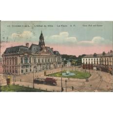 CPA: TOURS, L'Hotel de Ville, La Place, vers 1930