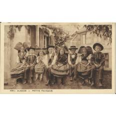 CPA: ALSACE, Petits Paysans, vers 1930.