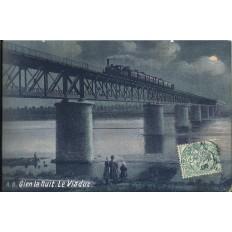 CPA: GIEN - La Nuit - Le Viaduc - Années 1900